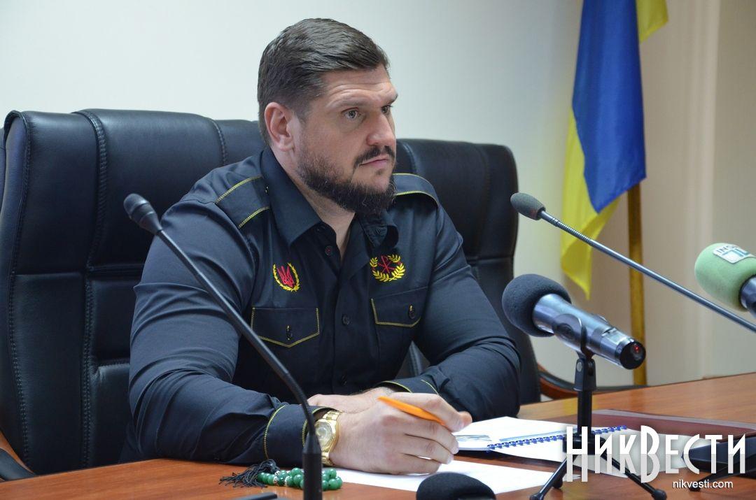 Луценко обещает рассказать все орезонансных обысках изадержании «Мультика»