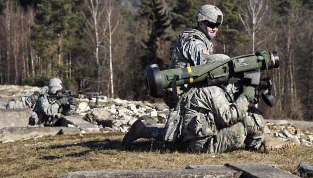 Порошенко: США поставят Украине комплексы Javelin за собственный счет