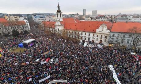 Убийство репортера иего невесты: тысячи словаков протестовали против руководства