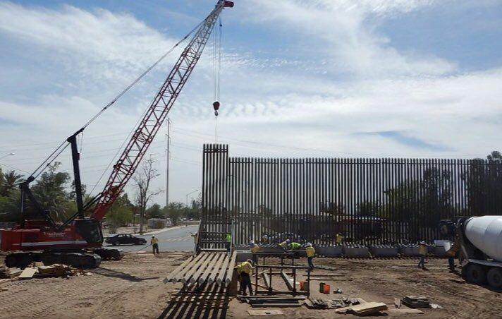 Трамп попросит денежных средств уПентагона настроительство стены сМексикой