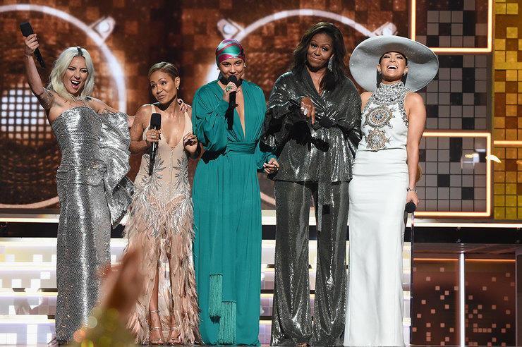 Childish Gambino, Леди Гага иДрейк получили «Грэмми»