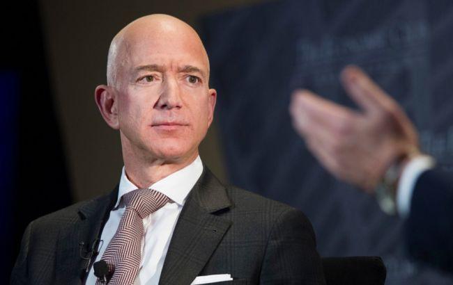 Консультант Безоса обвинил Эр-Рияд во взломе телефона главы Amazon