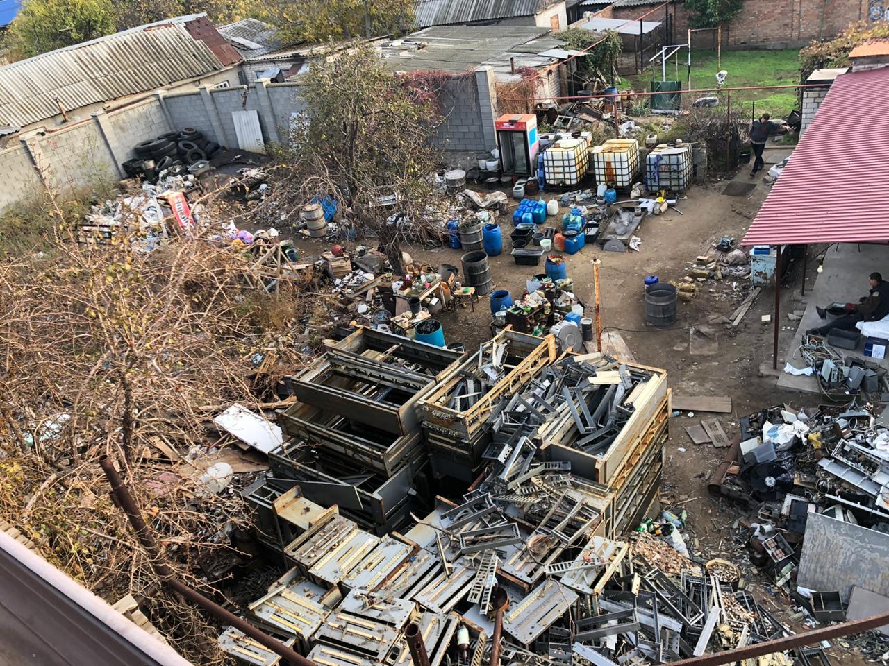 «Самоубийство и экоцид», — в Корабельном районе «ударными темпами» занимаются очисткой тяжелых металлов от примесей