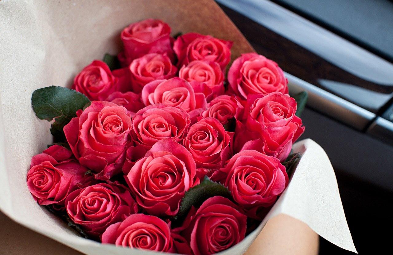 Красивые букеты цветов с доставкой по Николаеву | НикВести ...