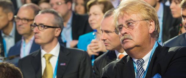 Елмар Брок: Є питання - чи цікавить Путіна ціна?