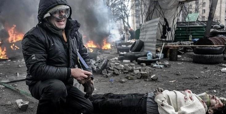 Смерть тысяч людей на Донбассе стала самым главным событием для украинцев в этом году